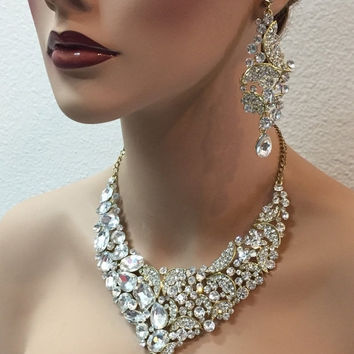 Bridal jewelry set, Bridal back drop bib necklace earrings, Chunky fashion bridal necklace, Gold necklace statement, crystal wedding jewelry