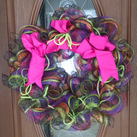 "Deco Mesh Wreath, Year Round Wreath, Striped Deco Mesh, Black & Hot Pink Wreath, 23"" Indoor/Outdoor Wreath, Halloween Wreath"