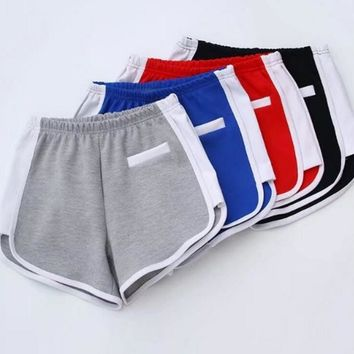 Sexy Fitness yoga shorts girl Hot pants for ladies splicing color edge white