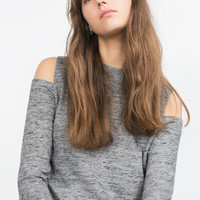 CUT-OUT SHOULDER TOP