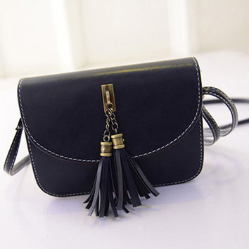 Blue Oblong Retro Tassel Seamed Shoulder Bag