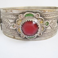 Vitnage Silver Moroccan Bracelet with Enamel and Glass