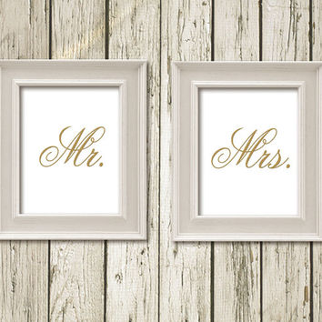 Mr & Mrs Set of 2 Golden Quotes Typography Printable Instant Download Poster Digital Art Wall Art Home Decor G057 G058white