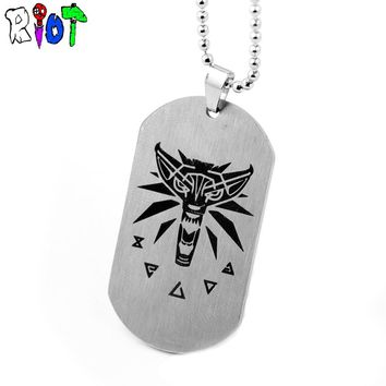 7 Types RPG Game The Witcher Double Sided Necklace Charm Pendant Men Jewelry Dog Tag WILD HUNT Letter Logo Keychain Fans Gift