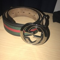 Authentic Men's Gucci Black Trim Green and Red Stripe Belt 114984 H17AR size 34