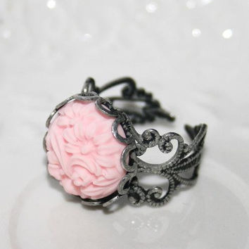 Pink flower ring, Pink Cameo Ring ,Antiqued silver brass filigree Ring, Pastel powder Pink, Filigree lace Pink antiqued silver ring