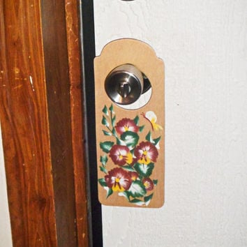 Handpainted pansy flower door knob hanger; Shabby chic door accessory; Cottage chic wall decor; Burgundy flower power art; free shipping USA