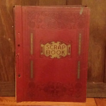 Vintage Red and Gold Embossed Faux Leather Scrap Book Photo Album With Lots of Pages