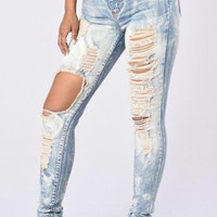 Casual Girl High Waisted Destroyed Jeans