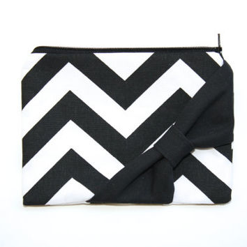 Zipper Pouch / Cosmetic Case - Black and White Chevron Black Bow - Choice of Bow Style