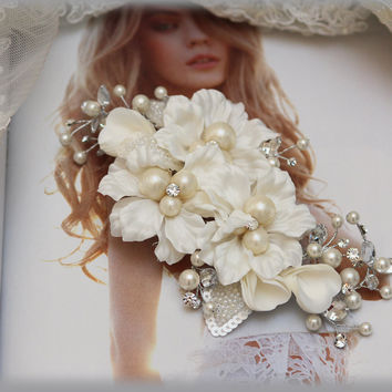 Bridal headpiece, pearl comb, crystal Rhinestone comb, Bridal Hair Comb, Bridal hair jewelry, Wedding hair accessory