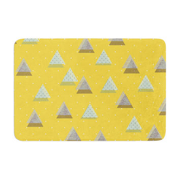 "Strawberringo ""Triangles"" Yellow Geometric Memory Foam Bath Mat"
