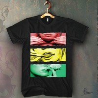 Sexy Rolling a Blunt Rasta Colors Unisex T-shirt Funny and Music