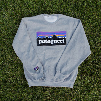 Patagucci Crewneck (Heather Grey)