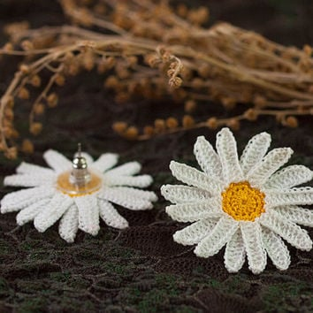 Daisy Stud Earrings - White and Yellow - Lace Earrings - Boho Chic - Fiber Art - Lightweight - Flower Post Earrings