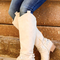 MIDNIGHT DREAM BOOTS IN CREAM