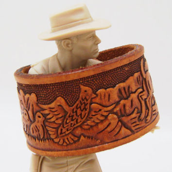 Hunting Leather Cuff Bracelet - Tooled Leather Tan Cuff Snap Wristband - Ladies Size Small