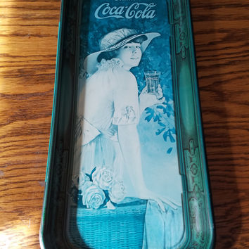 1972 Coca Cola Serving Tray Featuring Elaine 1916 WW1 with Teal Finish