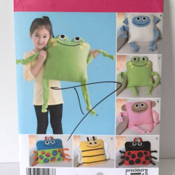 Simplicity 2197 Sewing Pattern Fleece Pillow Creatures Stuffed Animal Character Dolls New Uncut