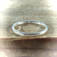 Toe Ring Silver Open Hammered