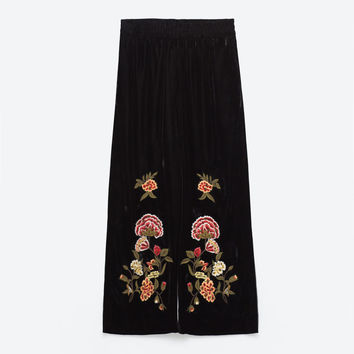 EMBROIDERED VELVET CULOTTES DETAILS