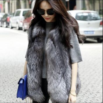 2018  Xulanbaby Winter Coat Women Faux Fur Vest Wild Plush Faux Fox Warm Coat Preppy Plus Size Outwear Furry  Waist Coat AW275