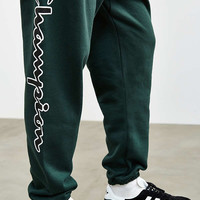 Champion + UO Reverse Weave Script Logo Sweatpant | Urban Outfitters