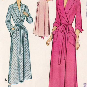 """1950s Misses Housecoat, Scalloped Collar and Patch Pockets, Vintage Sewing Pattern, McCall 8308 bust 30"""""""