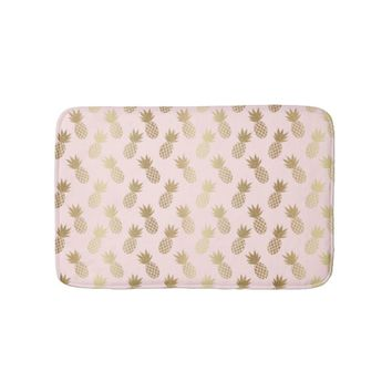 Gold Pineapple Pattern Bath Mat
