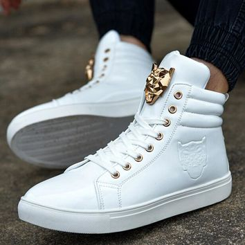 Free shipping!New Spring Autumn Man High Help Shoe Fashion Wolf Metal Sign Of High Quality PU And Vice Versa Leisure Men's Shoes