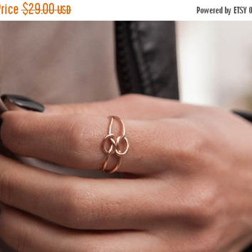 HALLOWEEN SALE -20% Silver Double Knot ring, Love knot ring, Promise ring, Handmade Minimalist Double Knot Ring