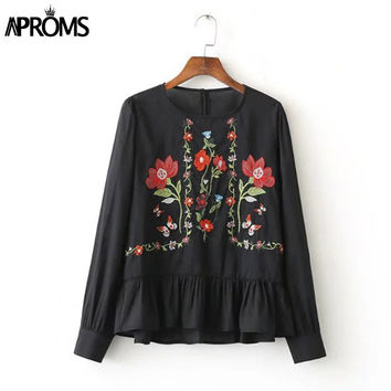 New 2017 Spring Black White Floral Embroidery Blouse Long Sleeve O Neck Peplum Tops Loose Pullover Women Summer Tunic Shirts