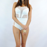 (ang) Mesh and net ivory bodysuit