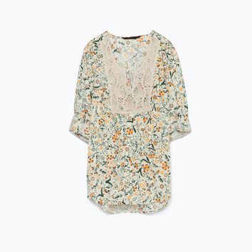 Printed shirt with bib front neckline
