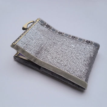 Iphone wallet - Smartphone wallet clutch - Silver metallic fabric with small sequins,  grey washable felt,  kiss lock and grey flowers.