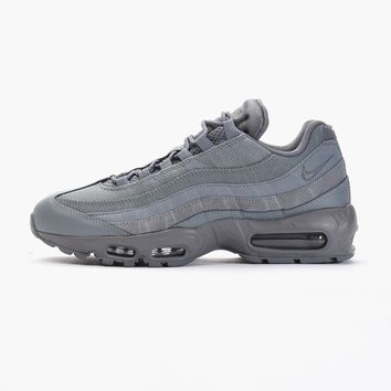 Nike Air Max 95 Essential 749766-012 | Caliroots