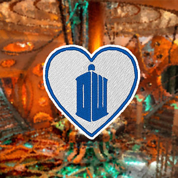 Patch Doctor Who Tardis Logo Heart Iron On
