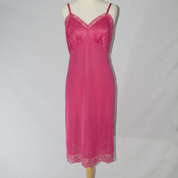 Vintage 1950s Full Slip Magenta Pink Dress Vanity Fair Nightgown Lace Pin-up 36