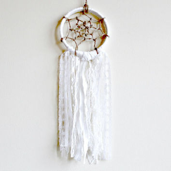 Dream Catcher, White Dreamcatcher, Small Dreamcatcher, Bohemian Wallhanging, Nursery Decor, Bedroom Decor, Tribal Style, Native American