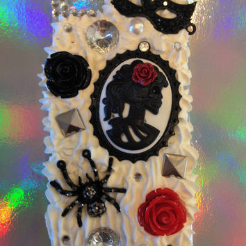 Handmade Decoden Masquerade iPhone 5/5s Case