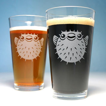 Pufferfish etched pint glass - spiny puffer fish