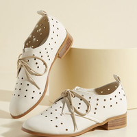 Inspiring Excursion Flat in Eggshell | Mod Retro Vintage Flats | ModCloth.com