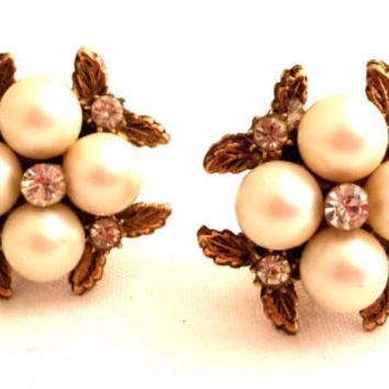 PEARLS Faux Diamond Rhinestones Etched Golden Floral Clip on Earrings Vintage