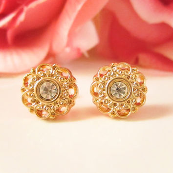 Gold Flower Rhinestone earrings,Vintage Button Earrings, Gold Studs, Floral earrings, bridesmaid earrings, dainty studs, Spring Wedding
