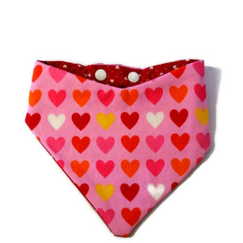 Valentine's Heart Bib, Baby Drool  Bib, Girls Bandana Bib, Baby's First Valentine's Day, Size Newborn to Size 24 months, Pink and Red Bib