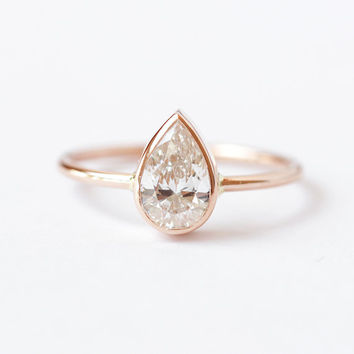 Solitaire Pear Diamond Engagement Ring - 0.75 Carat Pear Diamond - 18k Gold