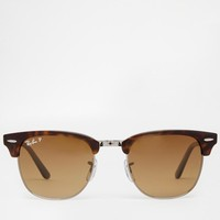 Ray-Ban | Ray-Ban Clubmaster Polarised Foldable Sunglasses at ASOS
