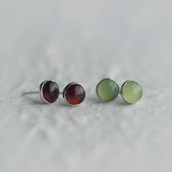 Natural Garnet Earrings,Sterling Silver Garnet Stud Earrings,Gemstone earrings,Stone earrings,round earrings,gift for her,Garnet jewelry