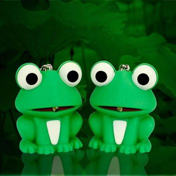 2017 New Cute Cartoon Frog Keychain LED Emit Light & Sound Key Pendant Keyring Kid's Birthday For Women Girl Key Chain Gift D50