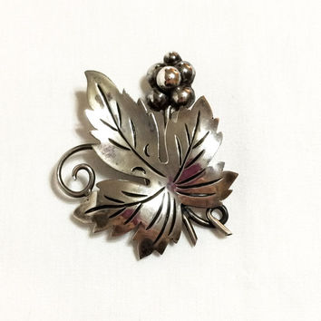 Taxco Sterling Silver Brooch, Grape Leaf Brooch or Pin, 1940s, Signed, Mexican Jewelry, Vintage Jewelry
